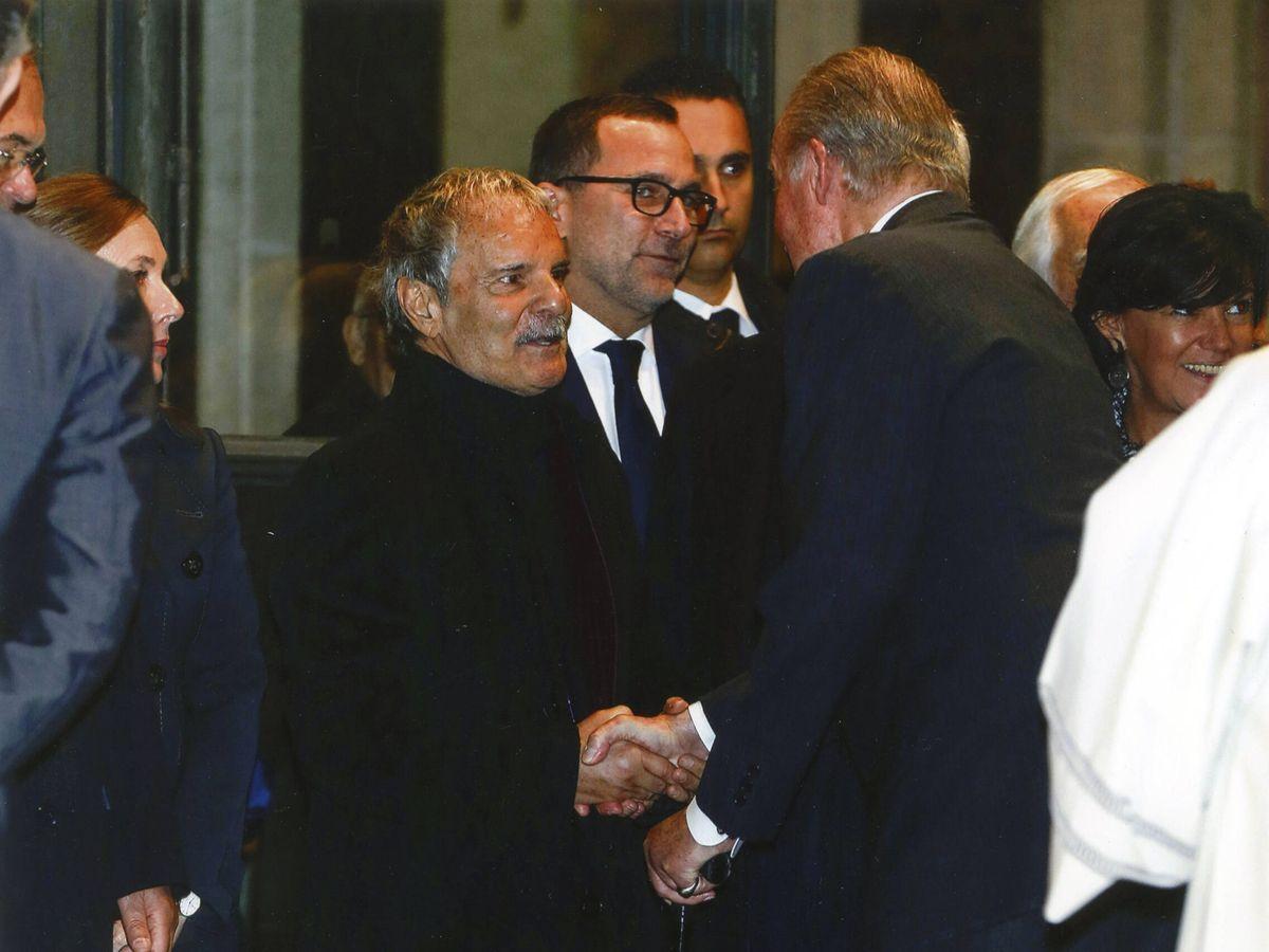 Foto: Jesús Mariñas, con el Rey. (Cortesía)