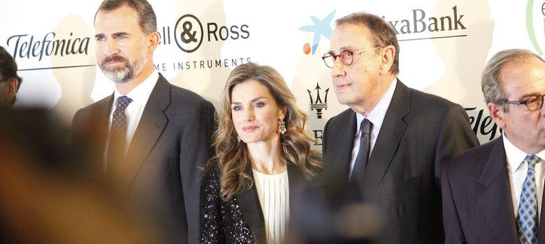 Foto: Los Príncipes de Asturias junto al presidente del diario 'La Razón', Mauricio Casals (E. Villarino)