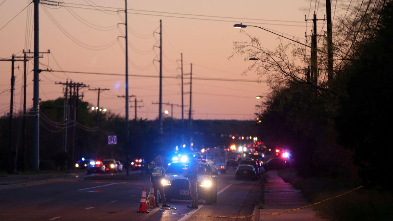 El autor de las bombas de Texas se vuela en su coche cuando iba a ser detenido