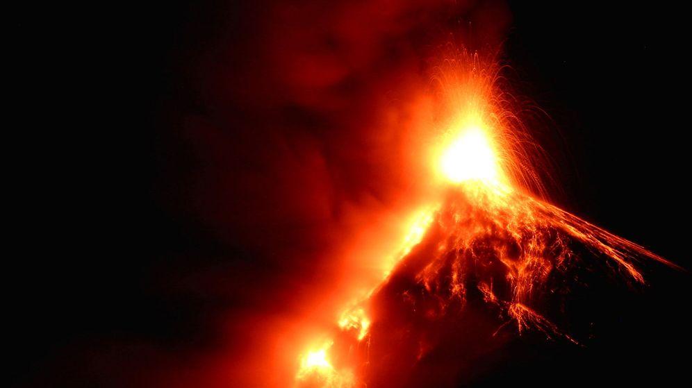 Foto: Erupción de un volcán en Guatemala. (Efe)