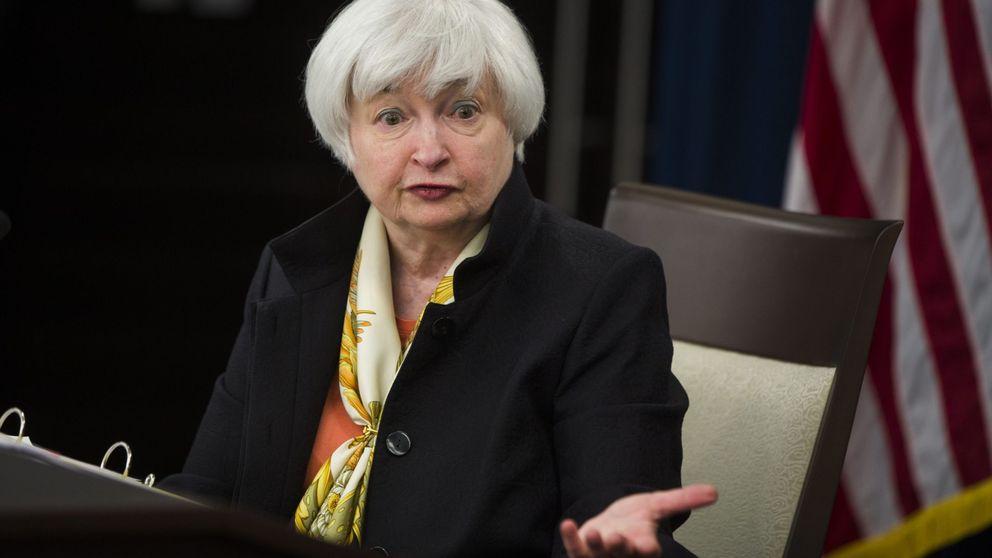 La Fed mantiene tipos pero abre la puerta a subirlos en septiembre por menores riesgos