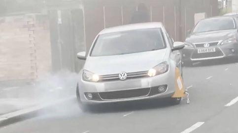 Los Simpson vuelven a hacerlo: un coche con cepo trata de escapar de la multa
