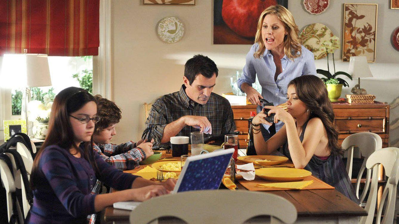 ¿Has vuelto a casa de tu padres? Cinco trucos para sobrellevar el regreso al 'dulce' hogar