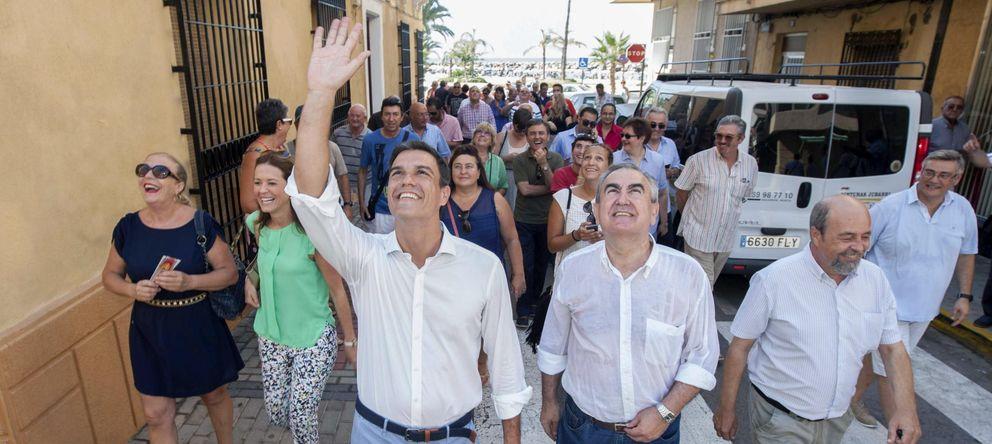 Foto: Pedro Sánchez durante una reciente visita a Águilas, Murcia (EFE)