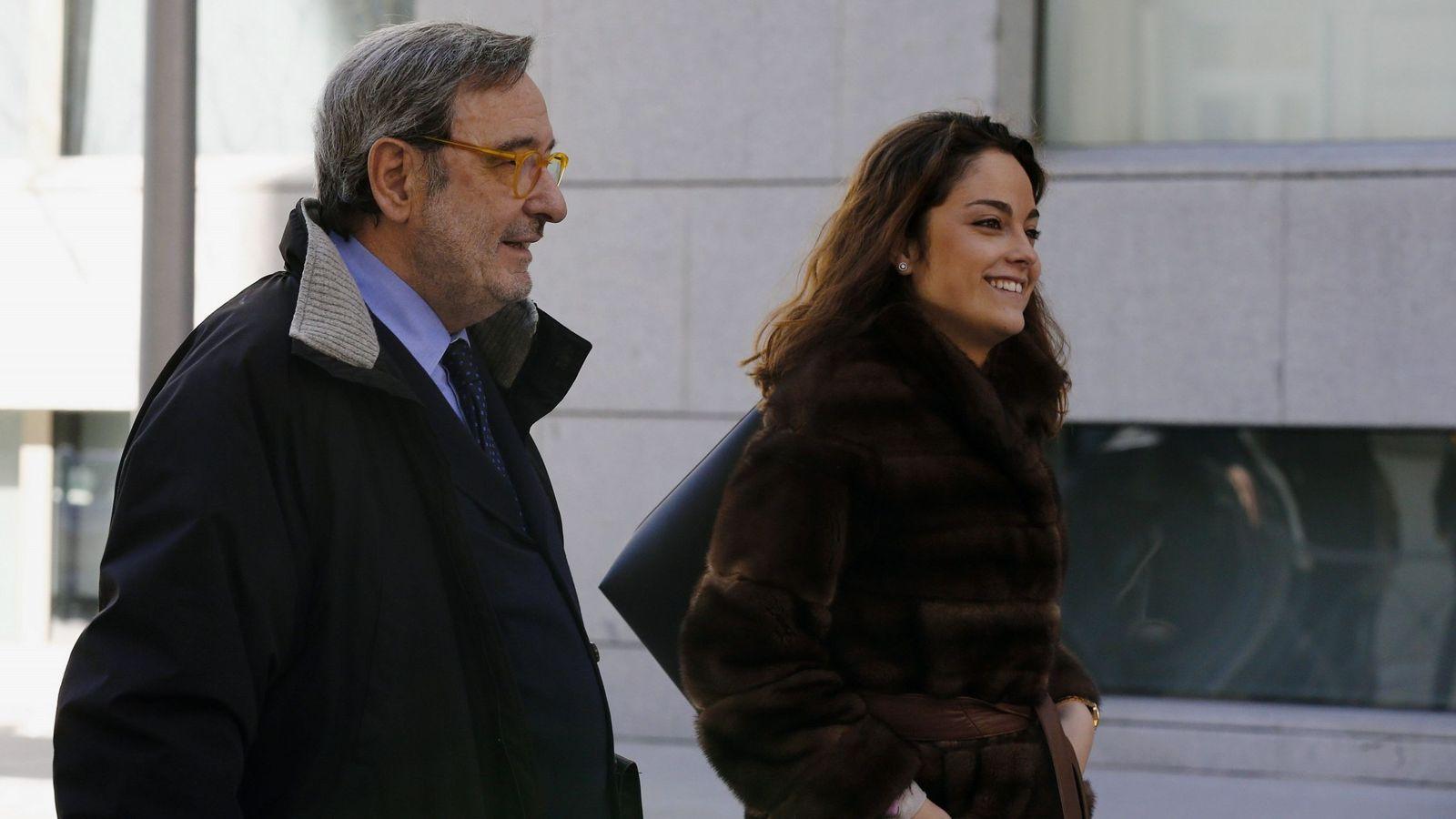 Foto: El expresidente de Catalunya Caixa Narcís Serra a su salida de la Audiencia Nacional. (EFE)