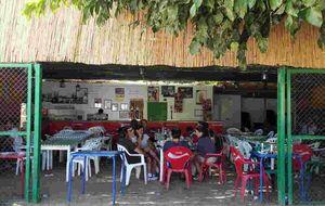 El Chiringuito de las Piletas, un homenaje a Joselete, en Sanlúcar