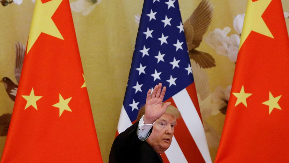Trump carga contra China: Estamos negociando... pero no cumple