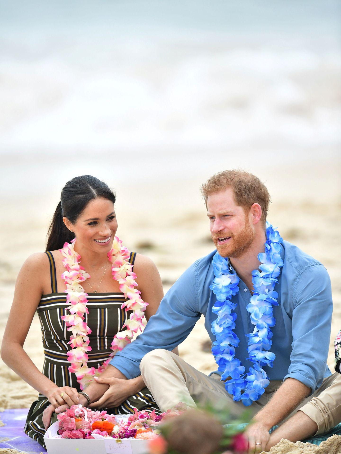 Meghan Markle y el príncipe Harry, en un reciente viaje oficial. (Reuters)