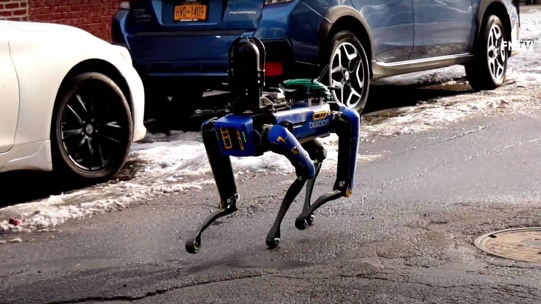 El perro robot de la policía de Nueva York sigue siendo aterrador