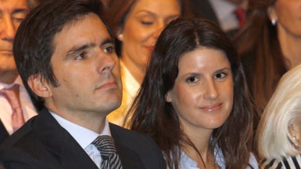 Foto: José María Aznar Botella y Mónica Abascal.