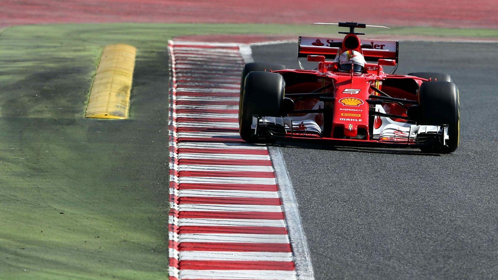 Foto: Sebastian Vettel durante los entrenamientos en Montmeló. (EFE)