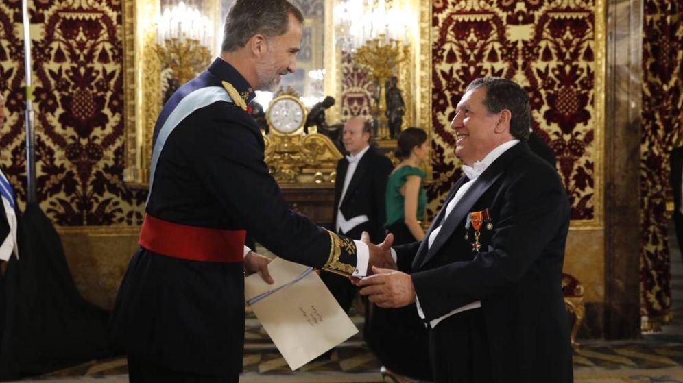 Foto: El embajador argentino Ramón Puerta presenta sus cartas credenciales al Rey Felipe VI, el pasado 8 de septiembre.