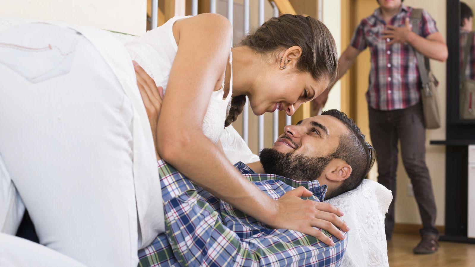 Foto: Ser testigo de la infidelidad hace aún más difícil la reconciliación. (iStock)
