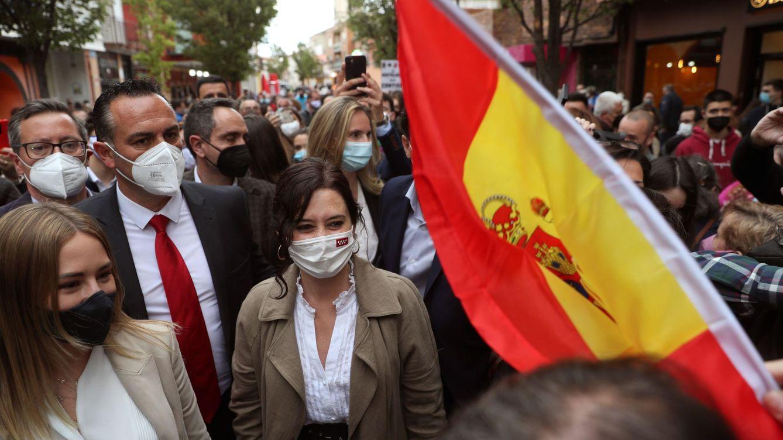 4-M | Ayuso rechaza a Vox contra los menores extranjeros pero no aclara si pactará con ellos