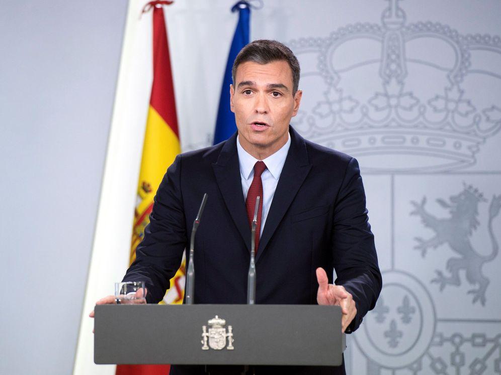 Foto: Pedro Sánchez, durante su declaración institucional, este 24 de octubre en la Moncloa, tras culminarse la exhumación y reinhumación de Franco. (EFE)