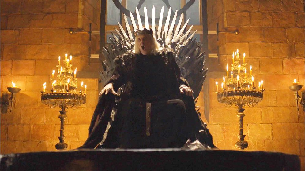 Foto: El Rey Loco, en el Trono de Hierro. (HBO)