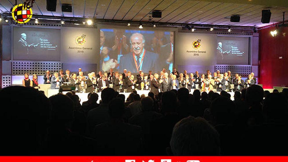 Foto: Imagen panorámica de la Asamblea General de la Real Federación Española de Fútbol (FOTO: RFEF)
