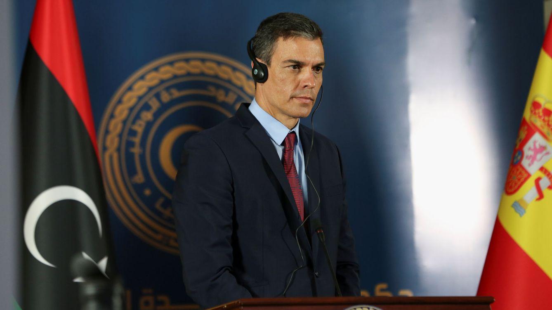 Foto: El presidente del Gobierno, Pedro Sánchez, durante su viaje oficial a Libia. (Reuters)
