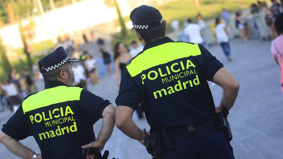 Las oposiciones en Madrid huelen mal: todo el mundo supera los test