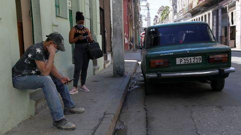 La insólita historia de cómo internet se extendió por Cuba de mano en mano