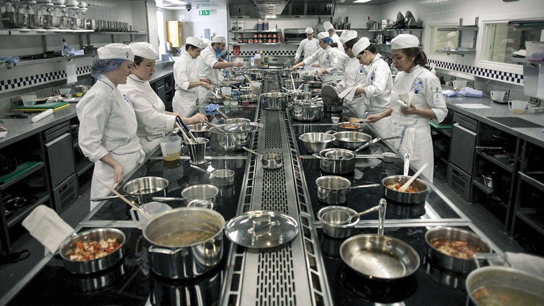Foto: Imagen de las cocinas de Le Cordon Bleu en París, que acoge a unos 600 estudiantes al año.