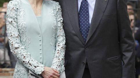 La buena sintonía entre Letizia y el Rey emérito y los nervios de Sofía