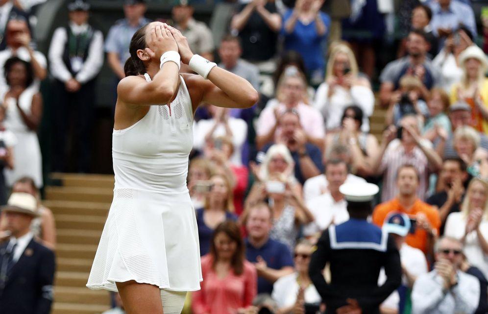 Foto: Garbiñe Muguruza, emocionada tras ganar Wimbledon. (EFE)