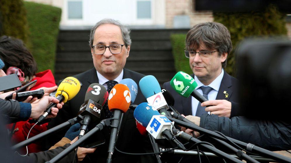 Foto: Quim Torra (i), junto a Carles Puigdemont (d). (EFE)