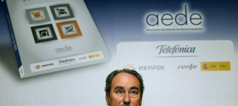 Foto: El director general de la Asociación de Editores de Diarios Españoles (AEDE), José Gabriel González, durante la presentación del Libro Blanco de la Prensa Diari