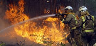 Post de El fuego cerca el entorno de Rianxo (A Coruña) y quema 850 hectáreas de monte