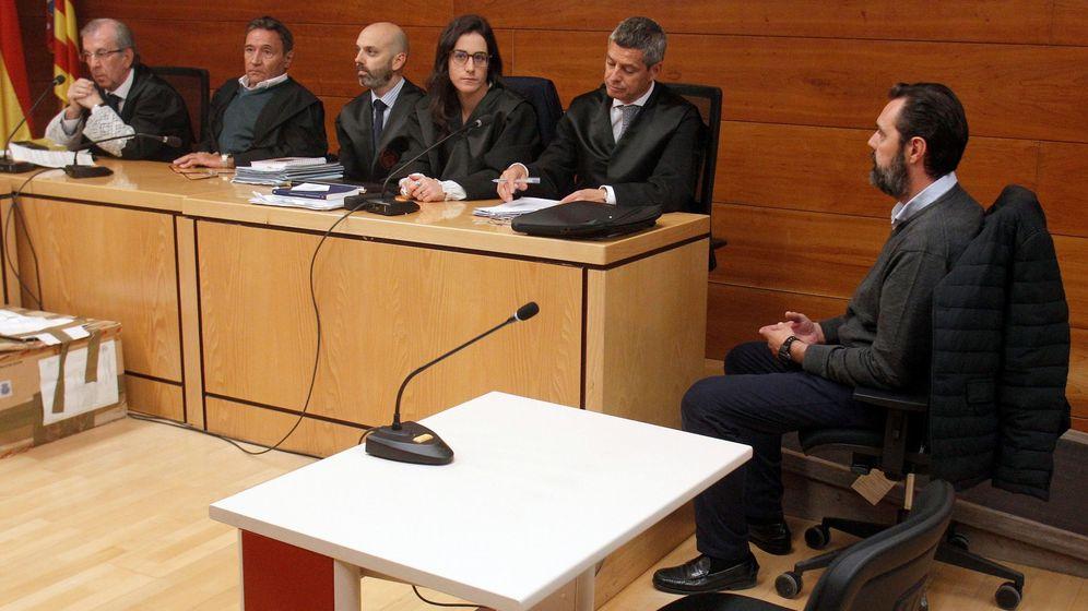 Foto: Comienzan las deliberaciones del jurado por el crimen de la viuda del expresiente de la CAM. (EFE)