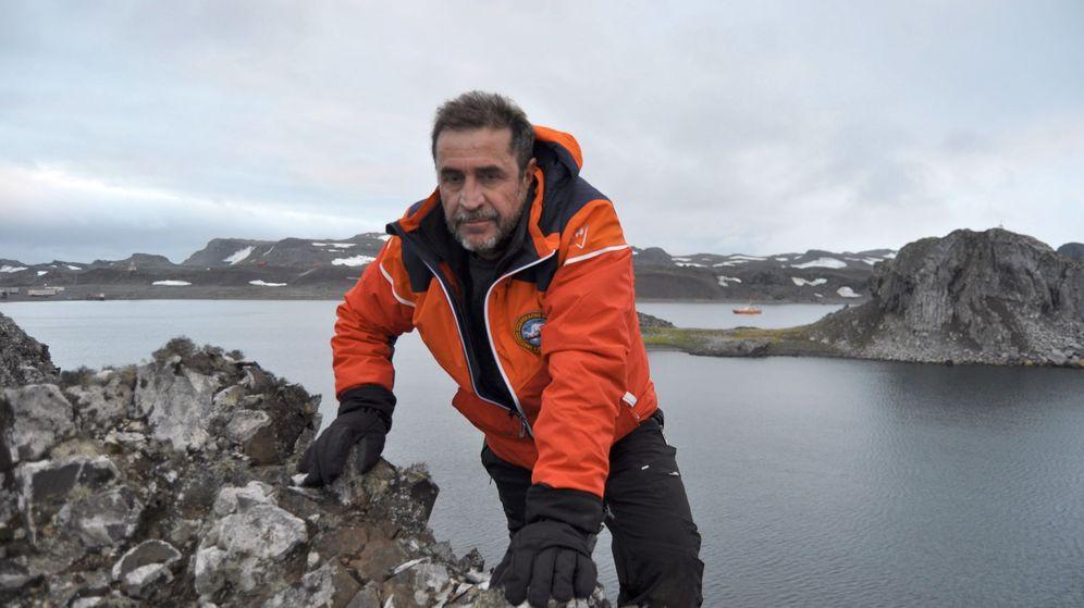 Foto: El capitán de fragata del Hespérides, Javier Montojo Salazar. (Reuters)
