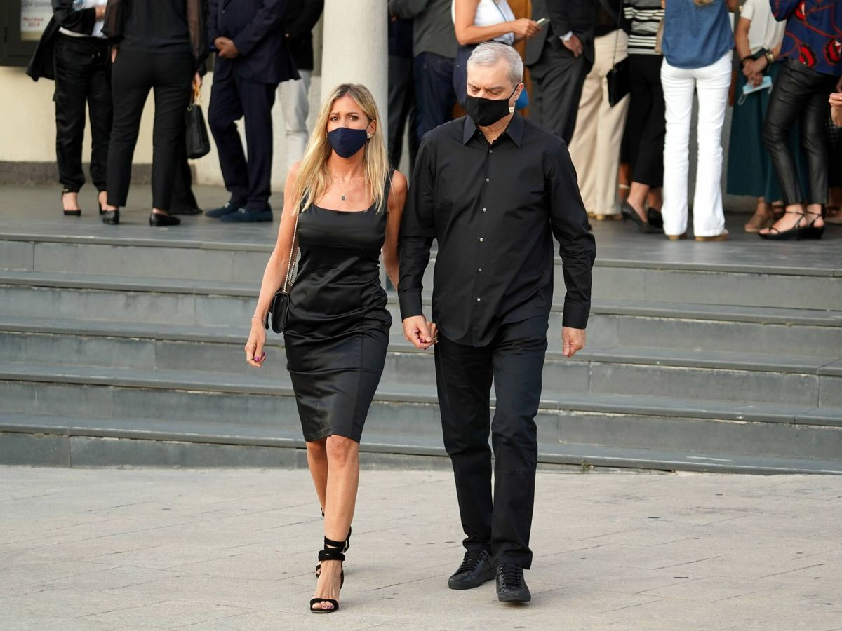 Foto: Ramón García y Patricia Cerezo, a la salida del funeral por Aless Lequio. (Cordon Press)