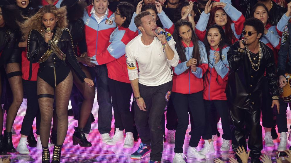 Beyoncé, Coldplay y Bruno Mars arrasan en el intermedio de la Super Bowl