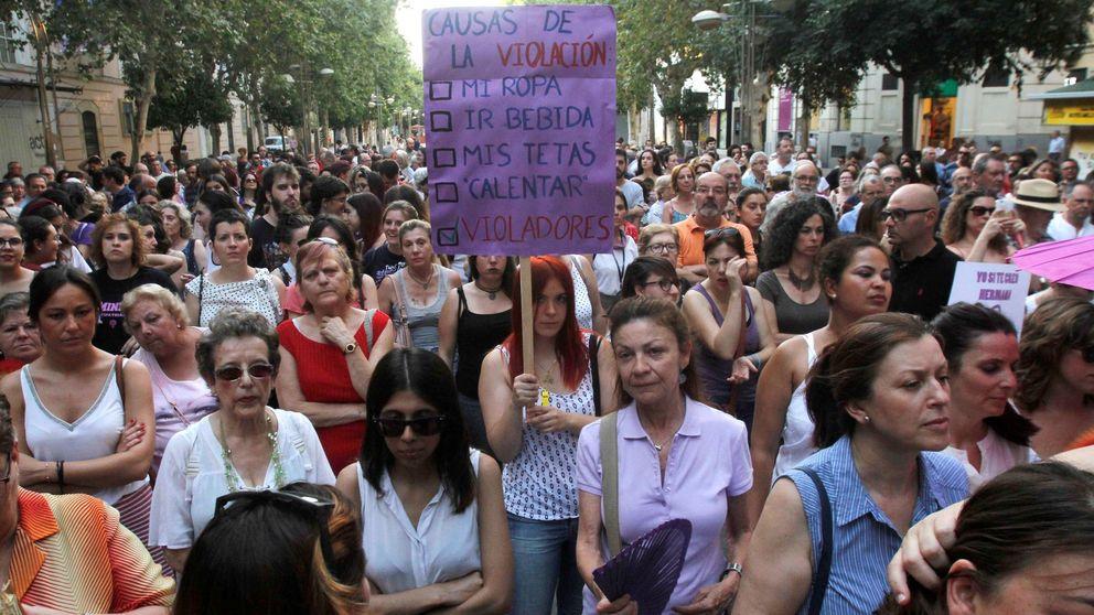 Más de 700 jueces tachan de linchamiento el 'caso La Manada' y piden ayuda a Europa