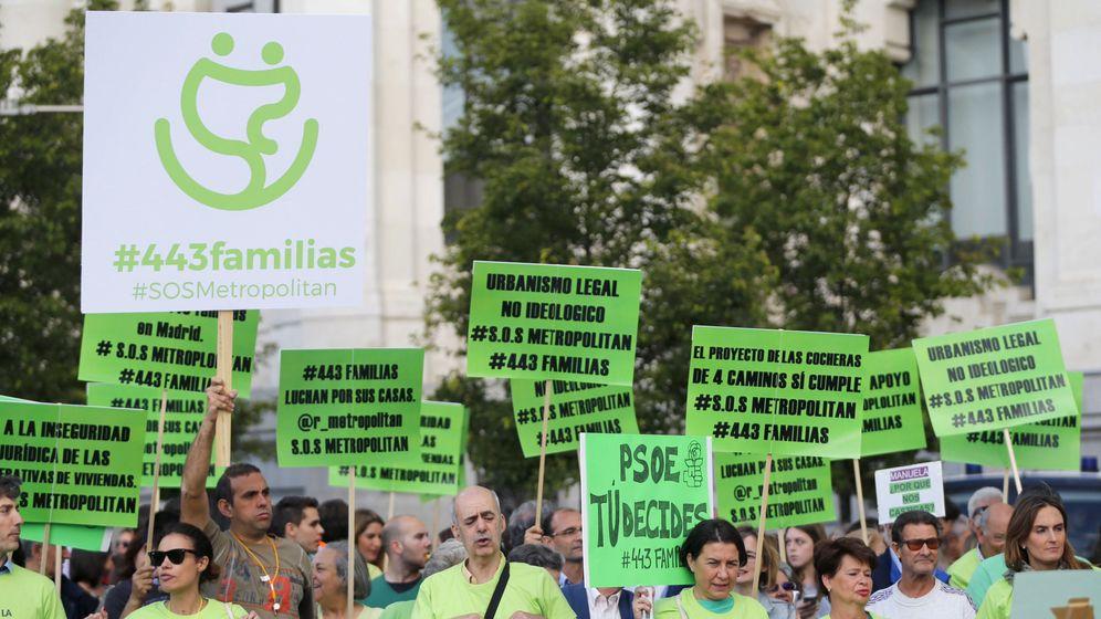 Foto: Concentración de los cooperativistas de Cuatro Caminos. (EFE)