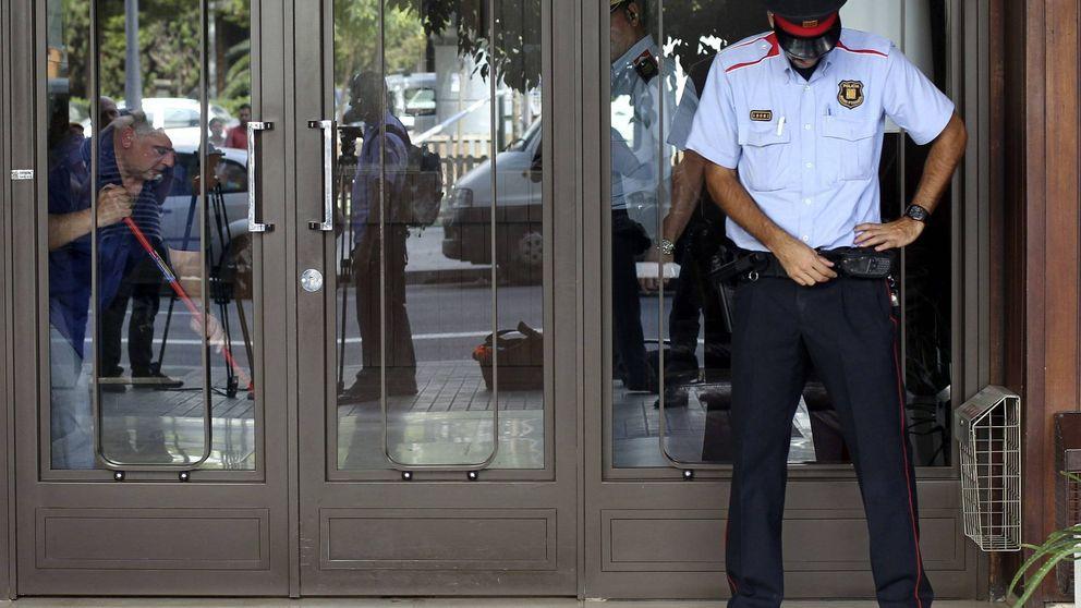 Libre con cargos por violencia de género el delegado de los Mossos en Madrid