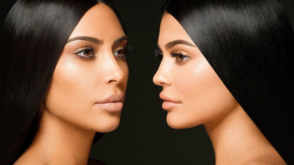 Foto: Kim Kardashian y Kylie Jenner para KKW x Kylie.