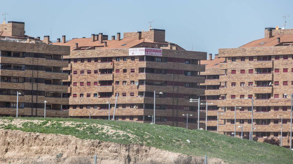 Foto: La vivienda cae de manera generalizada en toda España por primer vez desde 2016. (David Brunat)