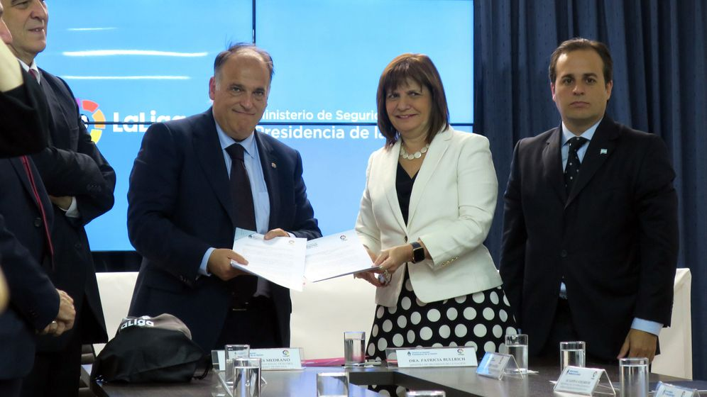Foto: La firma del acuerdo, en Buenos Aires. (EFE)