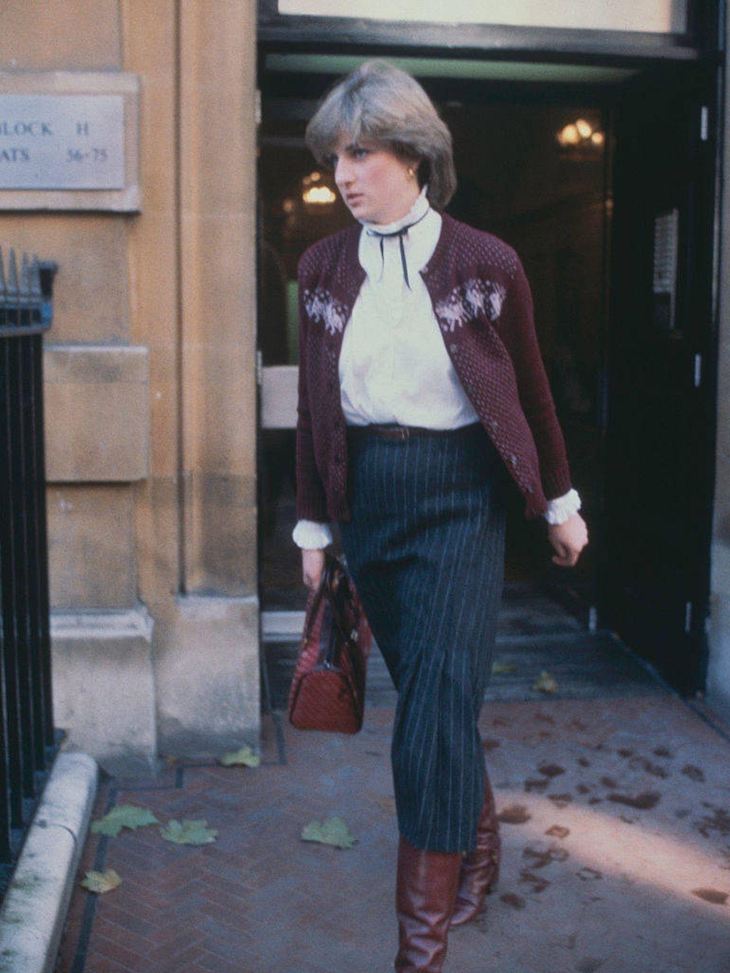 Lady Di, en 1980 con la blusa en cuestión.  (Getty)