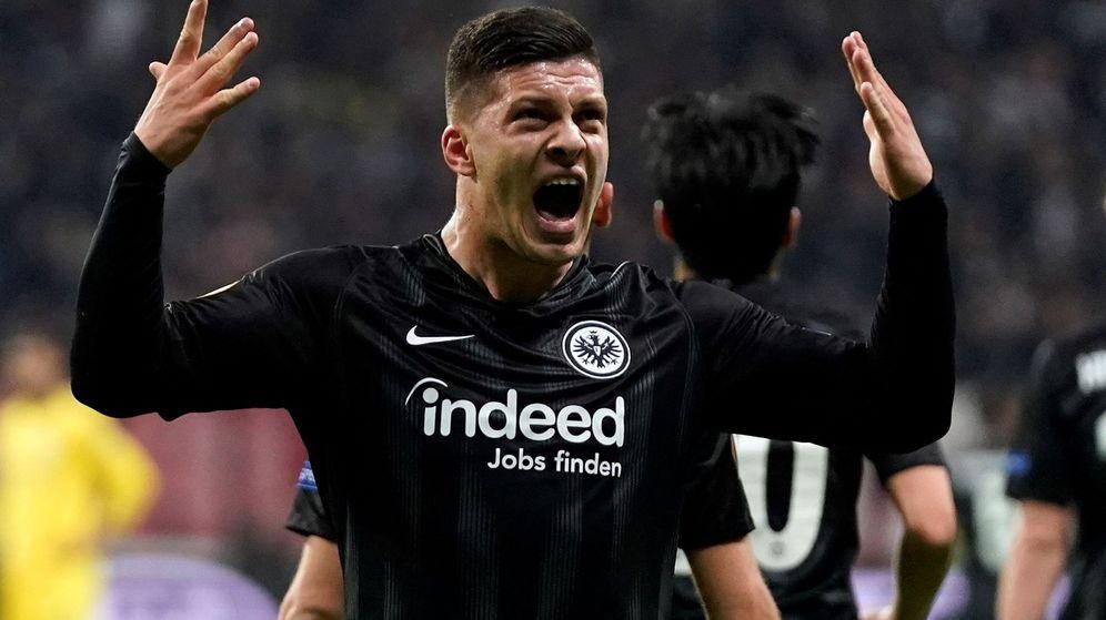 Foto: Luka Jovic marcó el gol del Eintracht de Frankfurt al Chelsea en la ida de semifinales de la Europa League. (EFE)