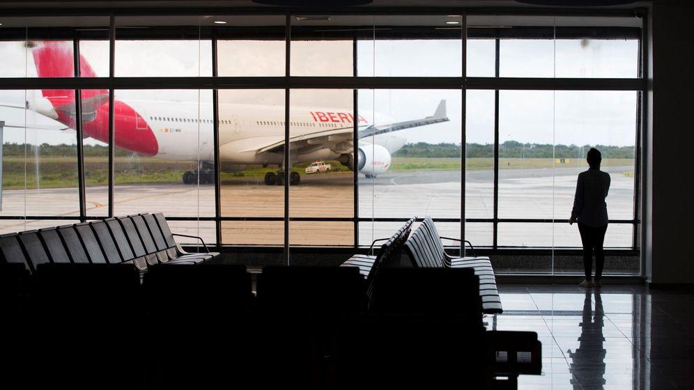 Foto: Un vuelo de Iberia durante el proceso de repatriación de españoles en el extranjero. (EFE)