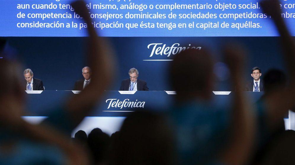 Foto: Imagen de la Junta de Accionistas de Telefónica, el pasado mes de junio. (EFE)