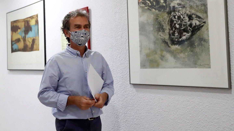 El director del Centro de Coordinación de Alertas y Emergencias Sanitarias, Fernando Simón, minutos antes de su rueda de prensa de hoy. (EFE)