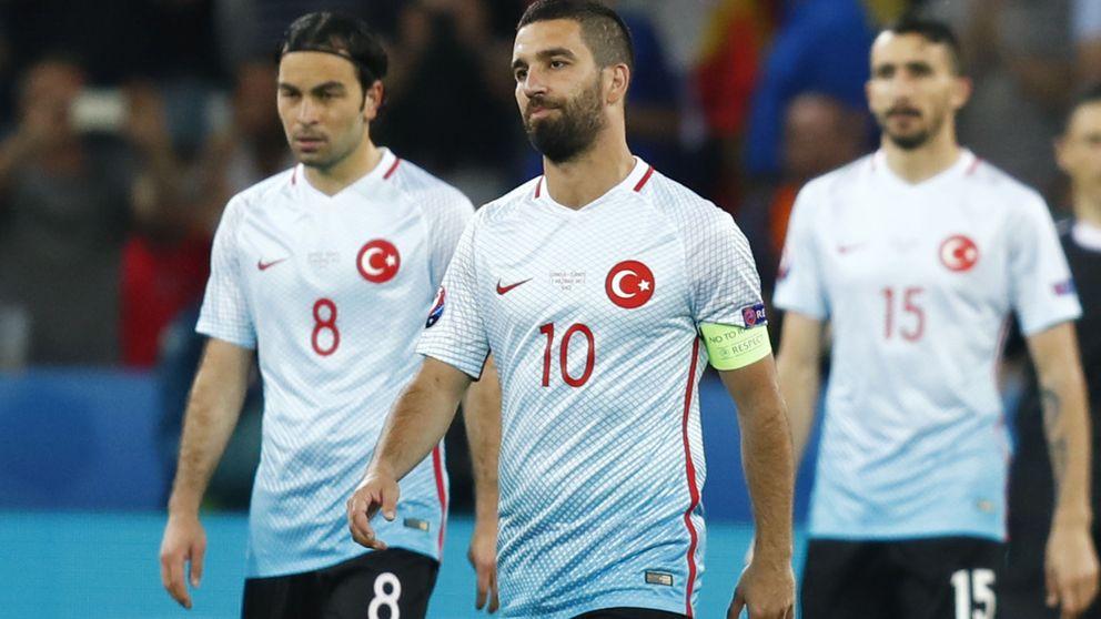 Turquía añora al Arda Turan del Atlético y no tiene piedad con su ídolo
