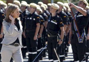 """Chacón: """"Soy pacifista y los ejércitos del siglo XXI también lo son"""""""