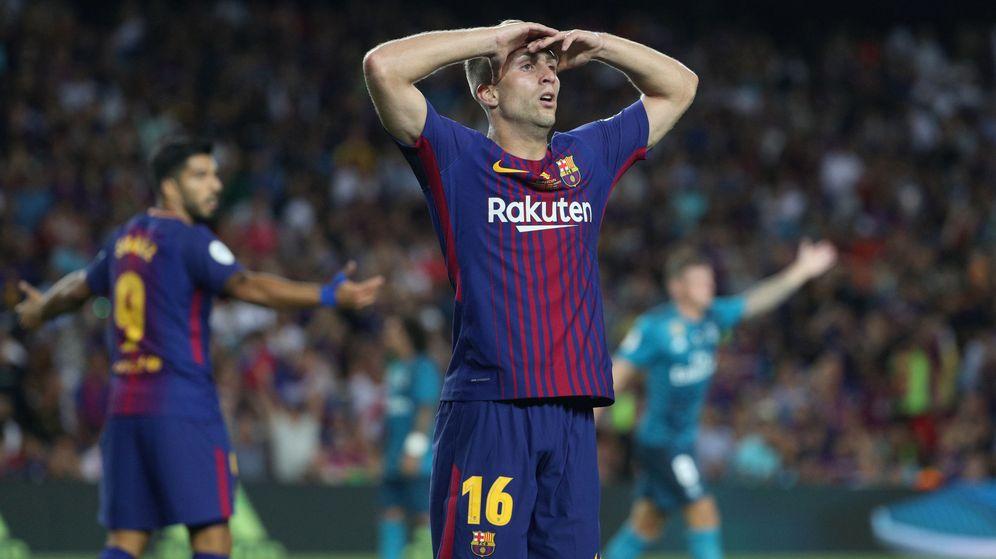 Foto: Deulofeu, con los brazos en la cabeza, se lamenta en un partido del Barcelona en el Camp Nou. (Reuters)