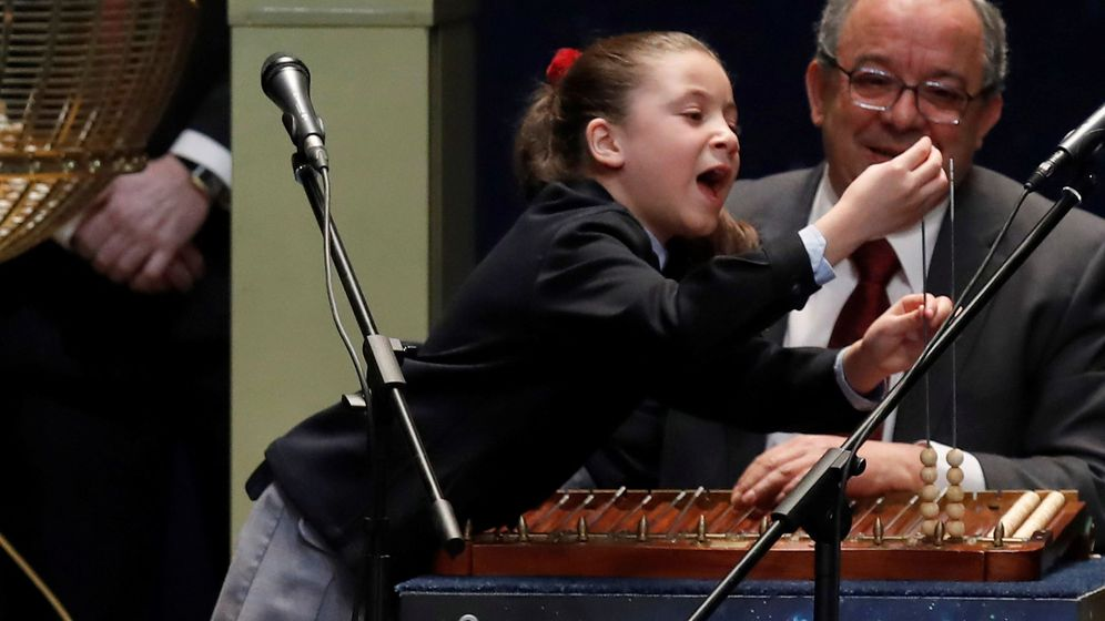 Foto: Aya no llegaba a introducir el número y alargaba el grito (EFE)