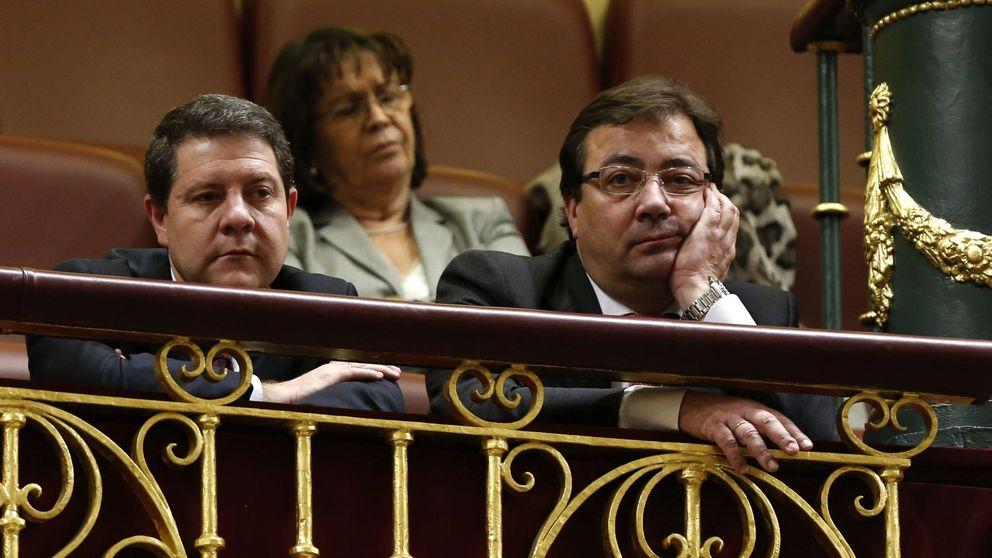 Más barones se solidarizan con Vara y lanzan advertencias a Sánchez